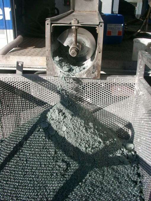 Fango disidratato di concentrazione solidi che supera il 40% di sostanza secca.