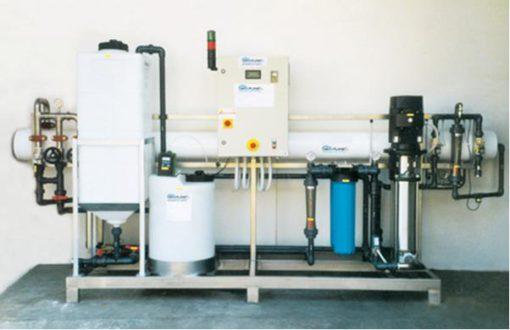 Un impianto con produzione di 3.000 l/h di acqua osmotizzata in versione automatica con valvole modulanti. Fornito in Nord Africa.