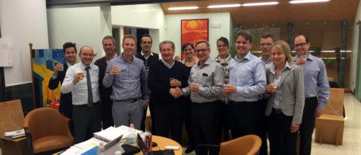 I team di lavoro Valmet e Pro-Gest alla firma del contratto.